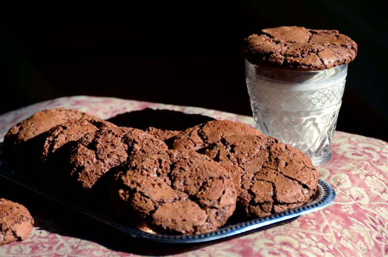 Giant Chocolate Toffee Cookies - ButterYum
