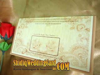 http://www.shidiqweddingcard.com/2015/11/pc-28.html