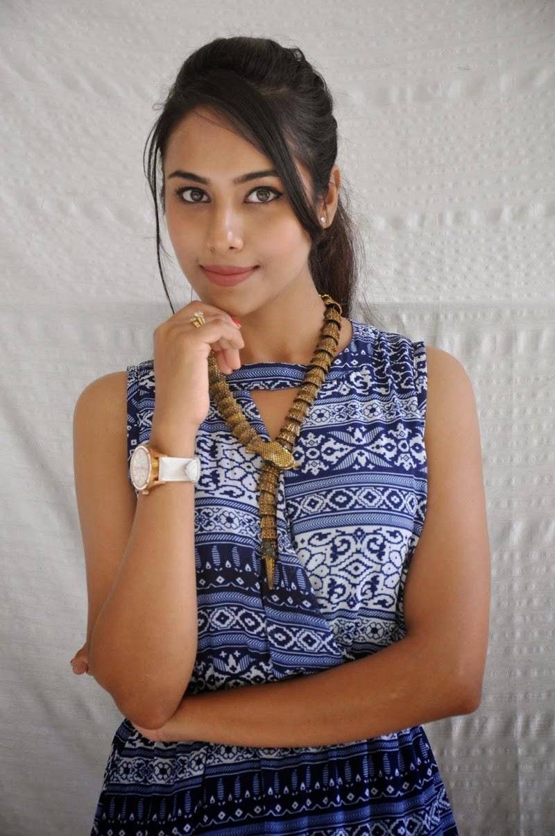 Khenisha Chandran at Jaganatakam press meet-HQ-Photo-14
