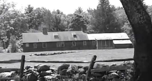A casa de campo assombrada da velha fazenda Arnold, em Harrisville