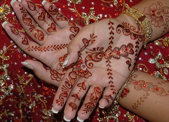 arabic mehndi designs for bridal hand