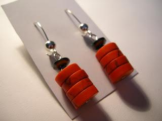biżuteria z półfabrykatów - czerwień z szarością (kolczyki)