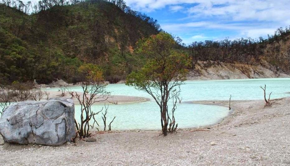 Tempat Wisata di Bandung Kawah Putih Ciwidey