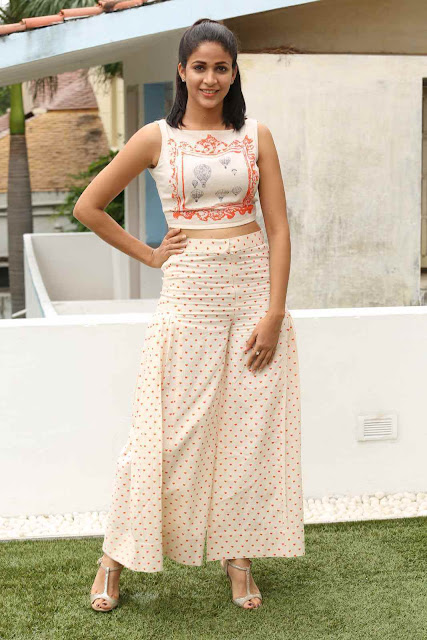 Stunning Lavanya Tripathi Latest Photos At Bale Bale