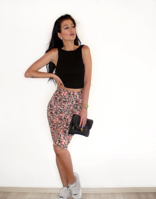 pencil midi skirt outfit ideas