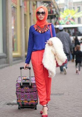 Busana Muslimah Terbaru Model Kaos