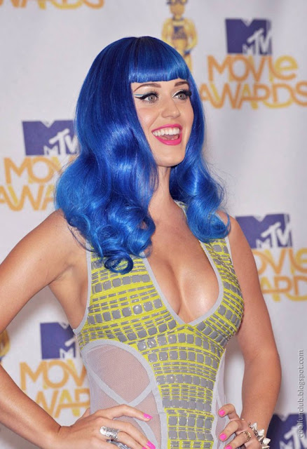 Most Sexy Girl: Katy Perry, on Award Function Photoshoot