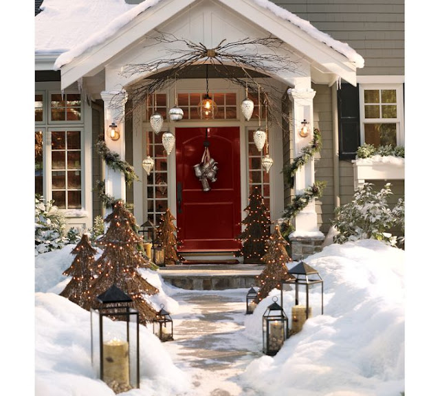 Holiday Home Decor Deals Driven By Decor