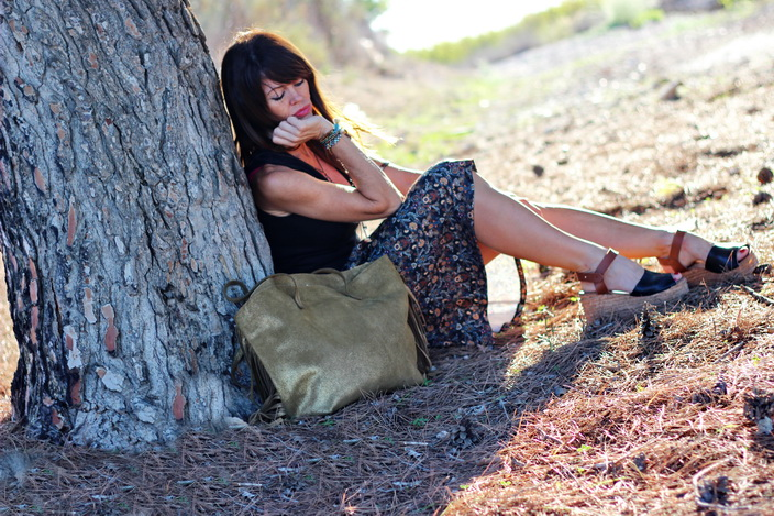 atardecer - Falda midi - streetstyle - cuchicuchi joyas - Calzados Sandra - Parfois - Fashion blogger
