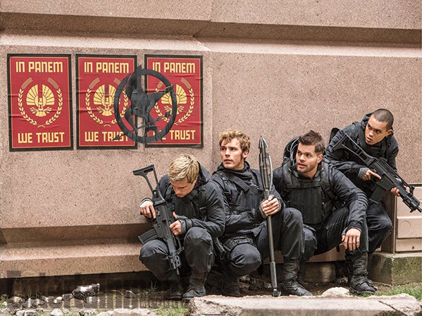 peeta finnick mockingjay part 2 still