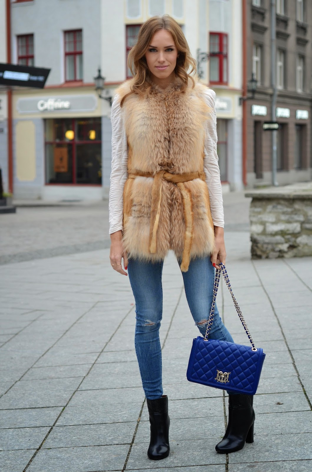luxury-fashion-outfit-fur-vest-moschino-bag-chloe-boots  kristjaana mere