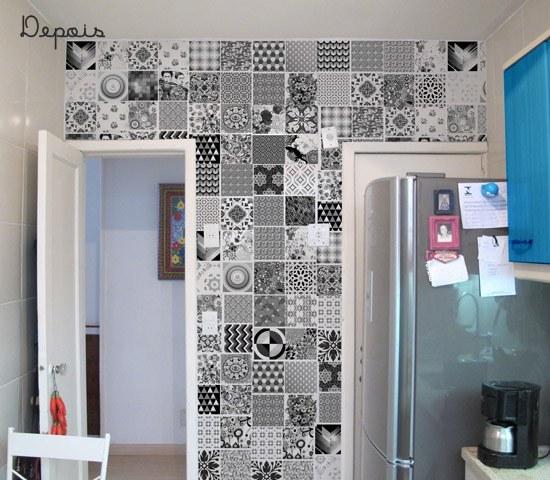 Parede da cozinha renovada por R$120!  dcoracaocom  blog de decoração e tu # Azulejo Cozinha Com Papel Contact