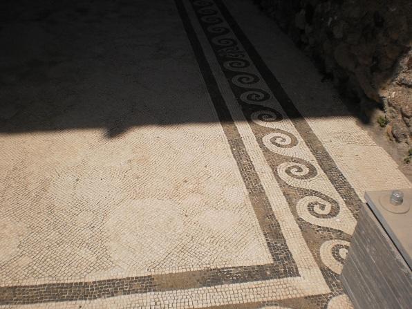 excavation of pompeii essay