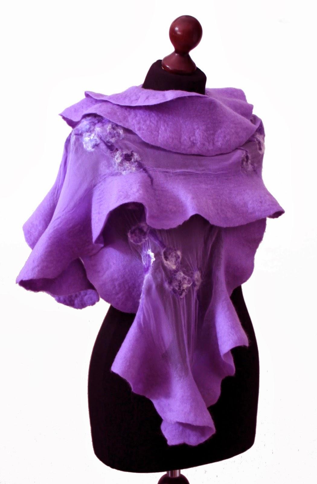 fioletowy szal