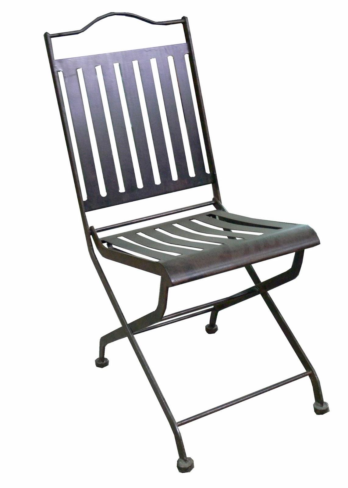 Mesas y sillas de hierro forjado artesanalmente en for Sillas de forja para jardin