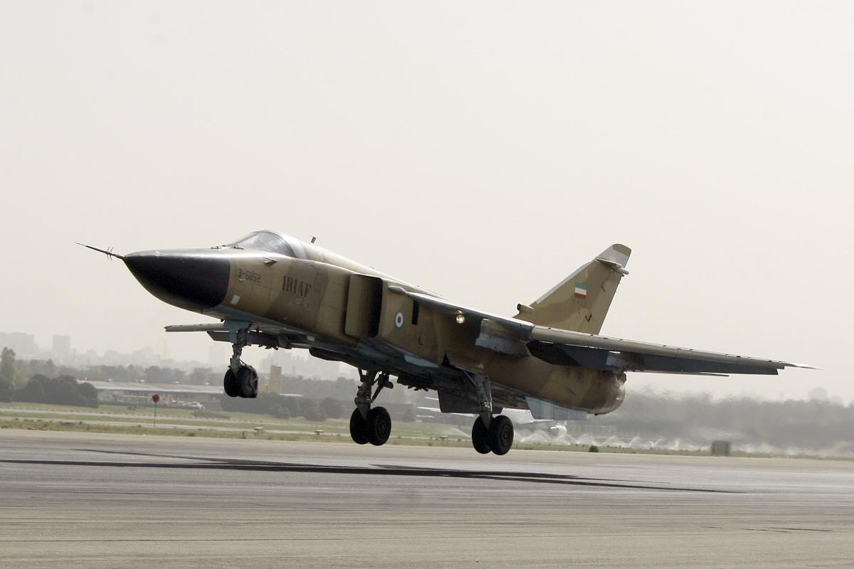 Irã realiza de forma independente revisão geral dos seus Sukhoi Su-24