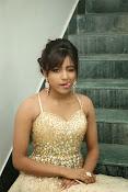 glamorous Vithika sheru new sizzling pics-thumbnail-14