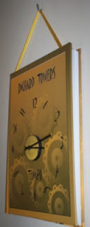 "The clock-book ""Tempo"" can be hanged on the wall"