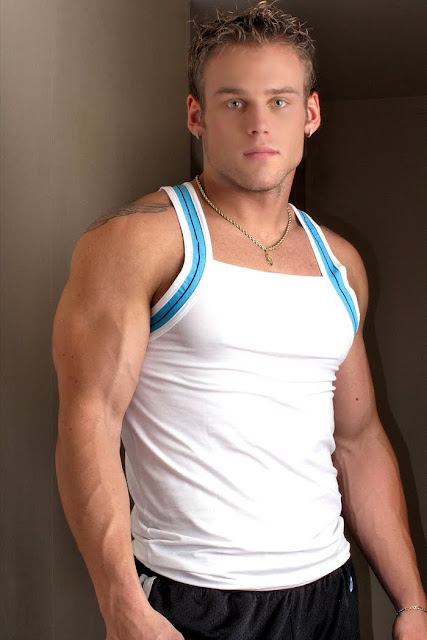 studly blond bodybuilder craig malozzi and his amazing blue eyes