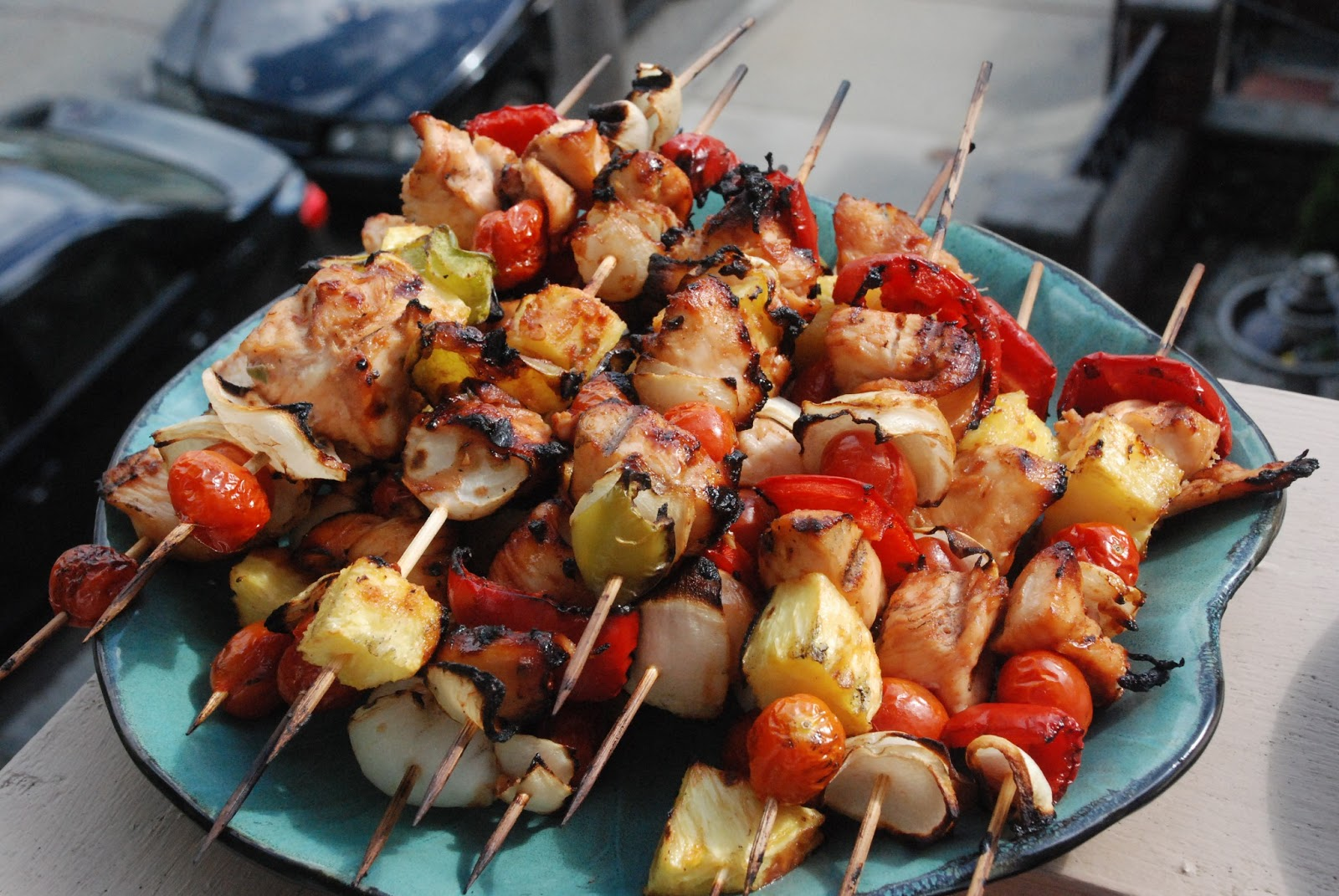 blogoneserecipes: Chicken Shish Kabob Saget (with grilled Corn on the ...