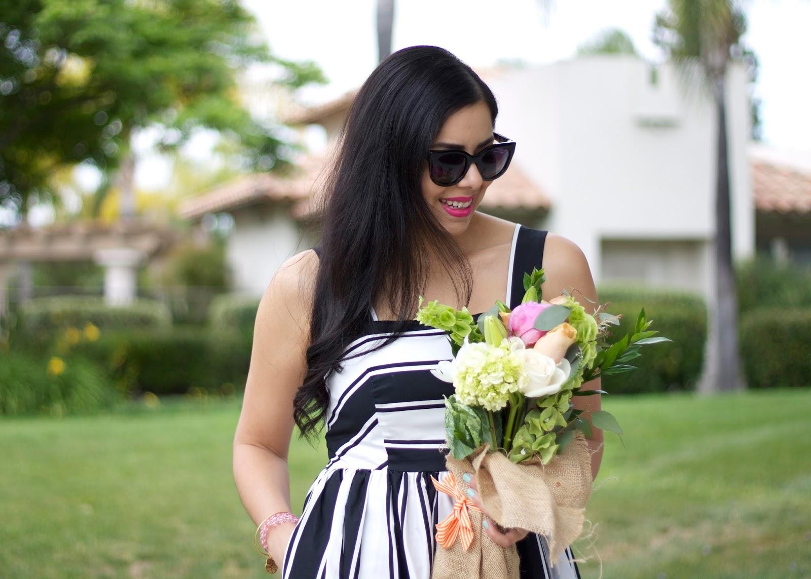 Latina Blogger, Brunette Blogger, pink lipstick on olive skin, bloggers who brunch