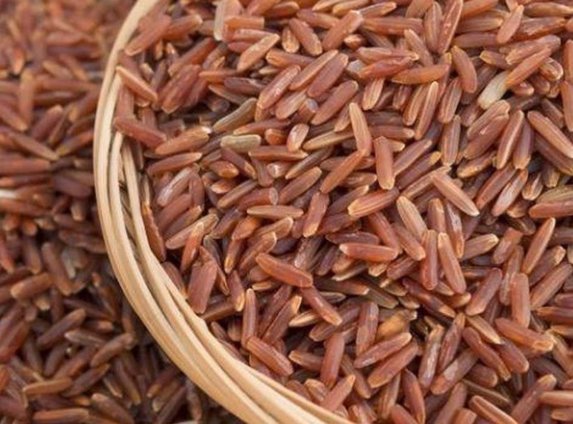 Já ouviu falar no arroz vermelho? Conheça os benefícios.