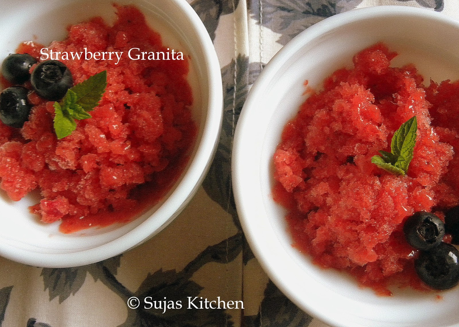 Sujas Kitchen: Fresh Strawberry Granita/Popsicle