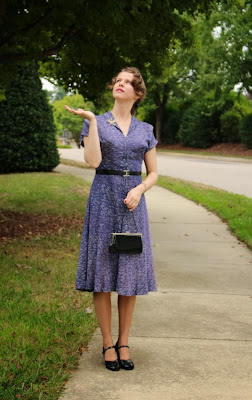 Rain rain go away! #vintage #style #1940s #fashion #40s