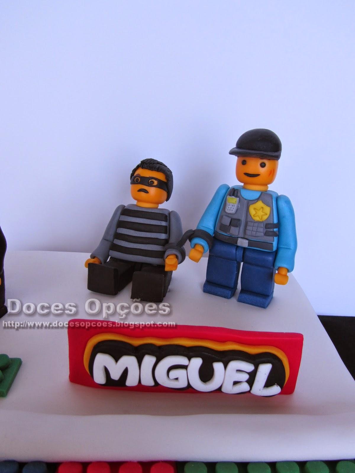 bolo personagens lego