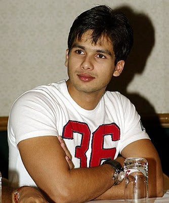 shahid wallpapers. 2010 Shahid Kapoor Latest