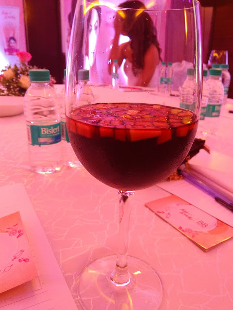 sangria, redwine, fair and lovely BB cream event, mumbai fashion blogger, mumbai hotel novotel