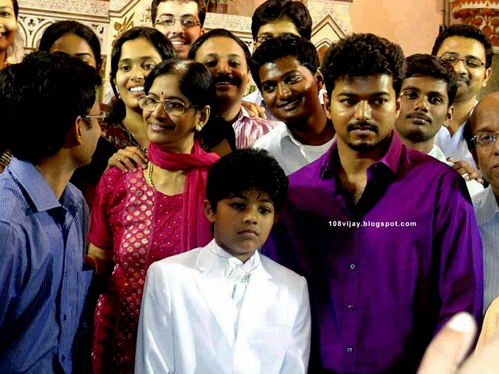 Tamil actor Vijay daughter,son