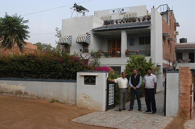 http://www.diariosdeunfotografodeviajes.com/2009/07/guest-house-in-jodhpur_20.html