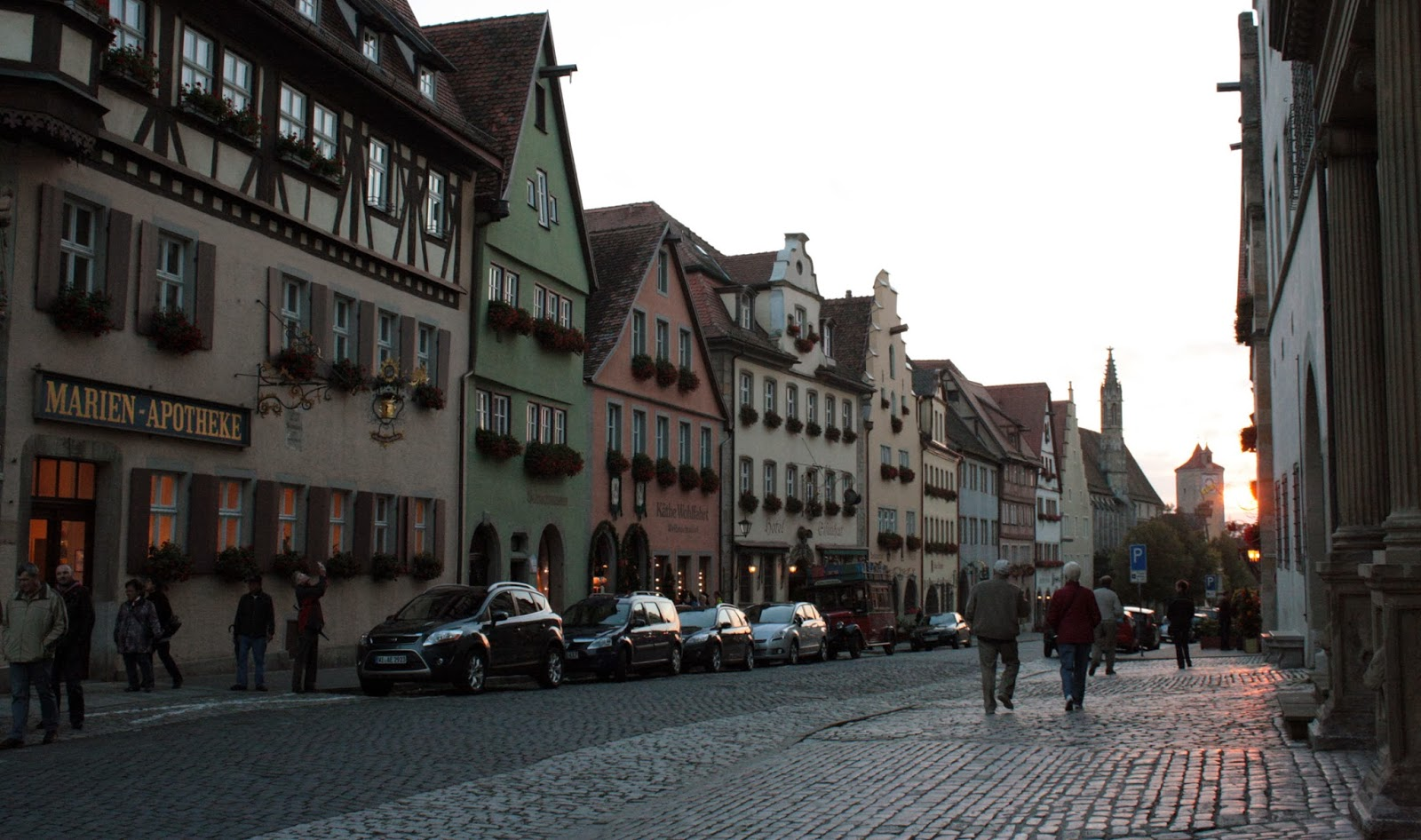Rothenburg o.b.T at dusk - The Tipsy Terrier blog