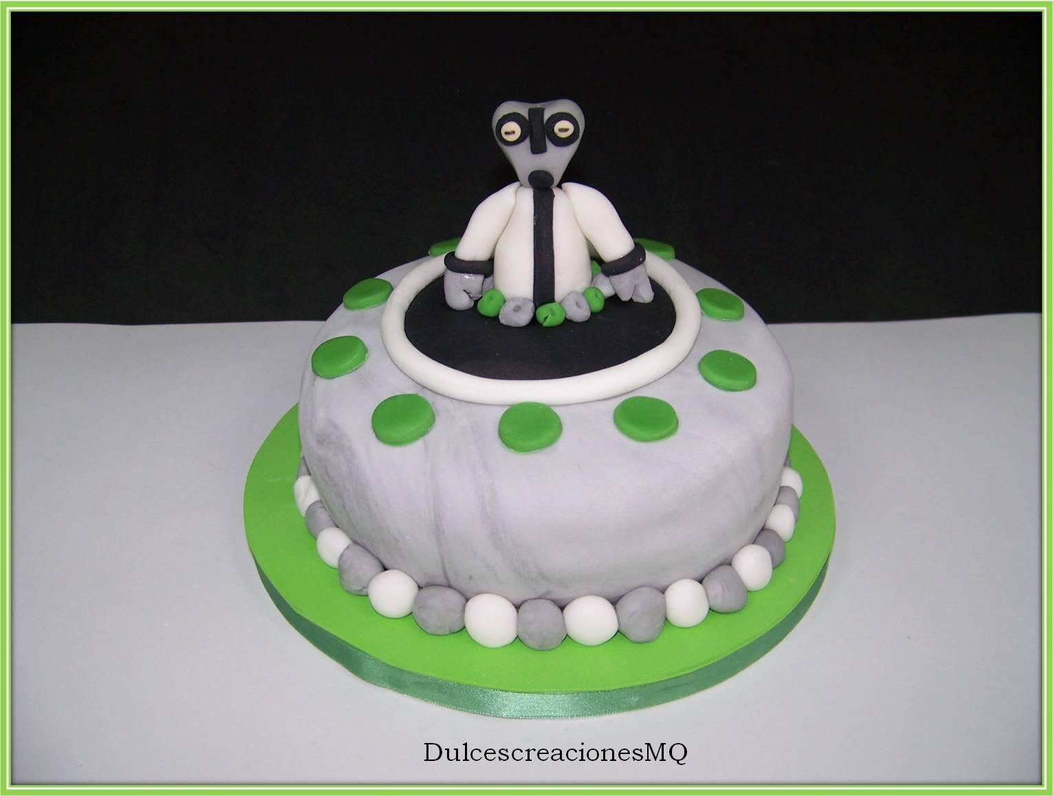 bizcocho victoria cake ben ten cumpleaños materia gris fondant