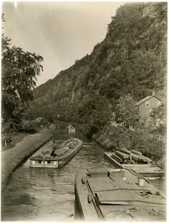Canal_at_Narrowsville_RG-6