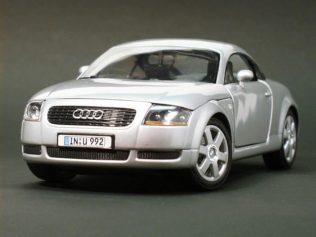 Modelbilia Audi Tt Coupe By Revell
