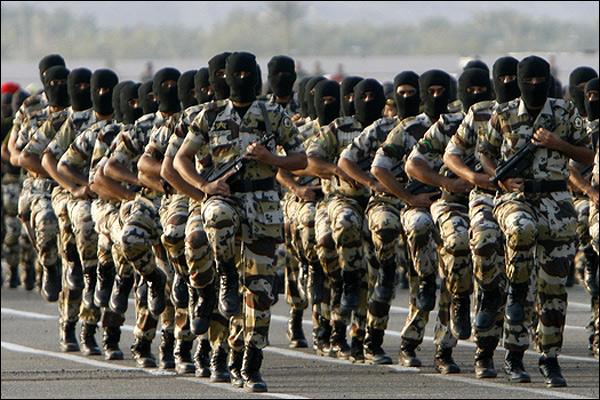 الجيش السعودي تحت تصرف ملك البحرين
