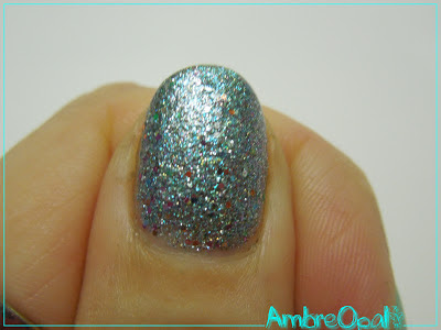 je suis une sirene grace a china glaze optical illusion