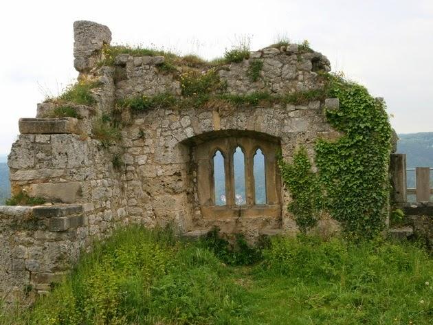 Fenster Bad Urach : urach hinweg auf die altstadt von bad urach im inneren burghof der