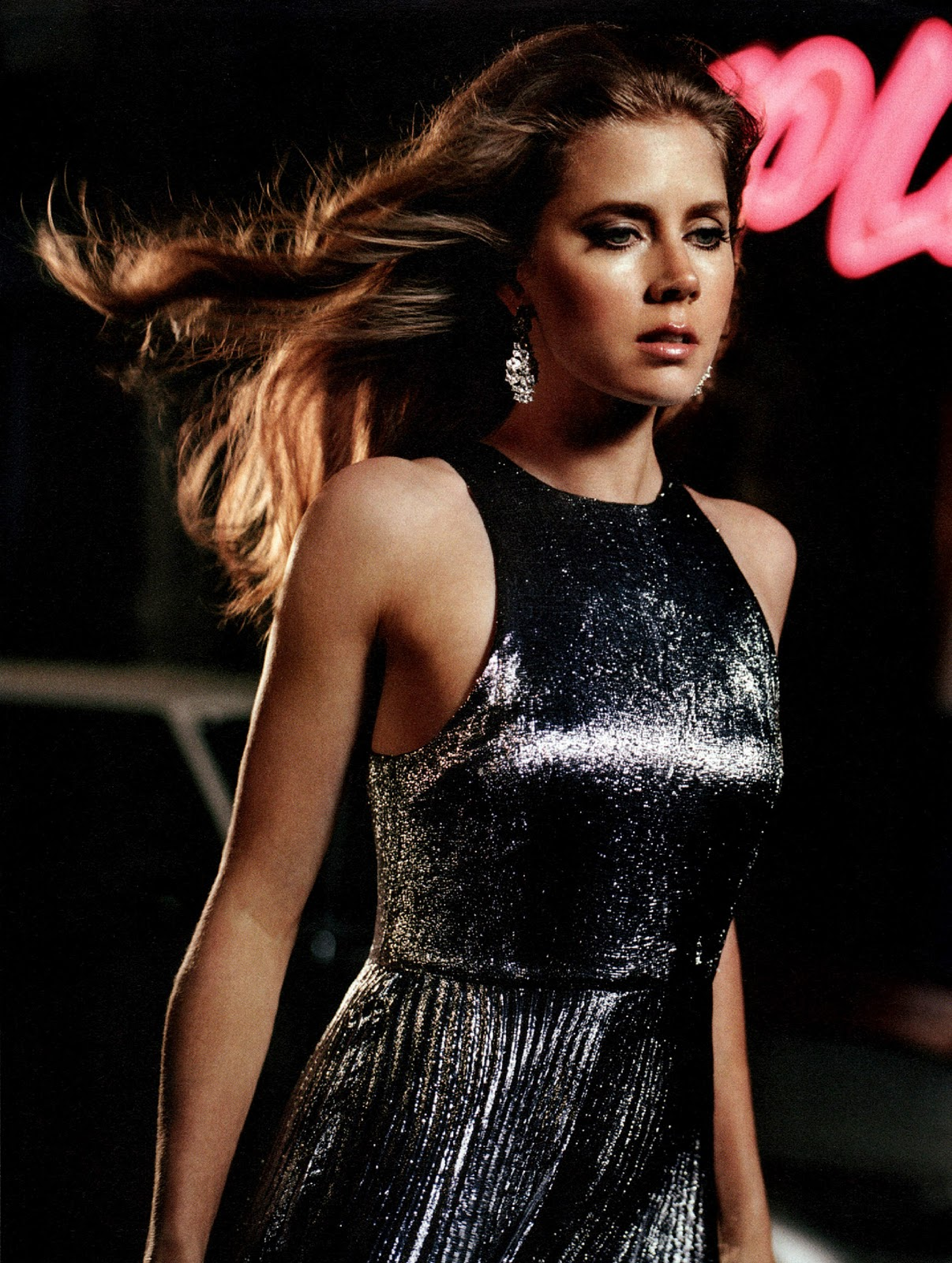 http://1.bp.blogspot.com/-cycLxpn7cTk/TsXmCNz0ybI/AAAAAAAAMUw/rKkeU-f0TYE/s1600/Amy_Adams.INSTYLE.December_2011.Scanned_by_KROQJOCK.HQ.5_122_107loedited.jpg