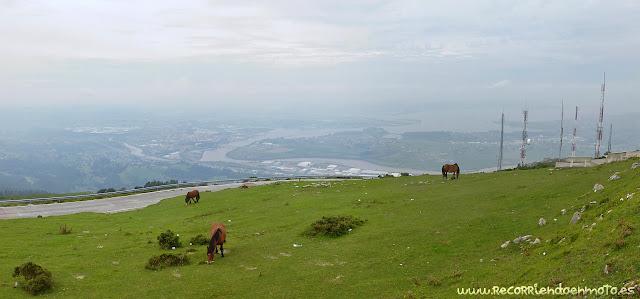 Vistas de Santander desde Peña Cabarga