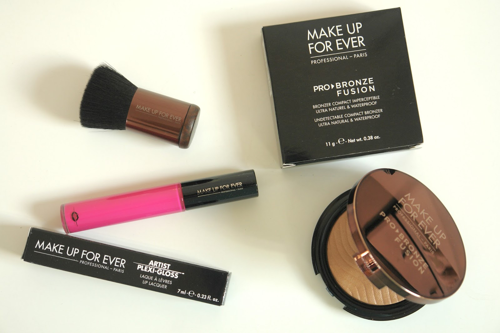 Make Up For Ever coming to Debenhams!, Make Up For Ever Artist Plexi-Gloss Lip Lacquer in 209 Fuchsia Pink, Make Up For Ever Pro Bronze Fusion in 20M, Make Up For Ever Pro Bronze Fusion Kabuki (136 Straight & Wavy), Make Up For Ever, make up, beauty, review, brushes, bronzer, lip gloss,