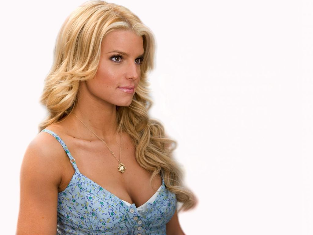 The 24 Hottest Jessica Simpson Photos - Ranker