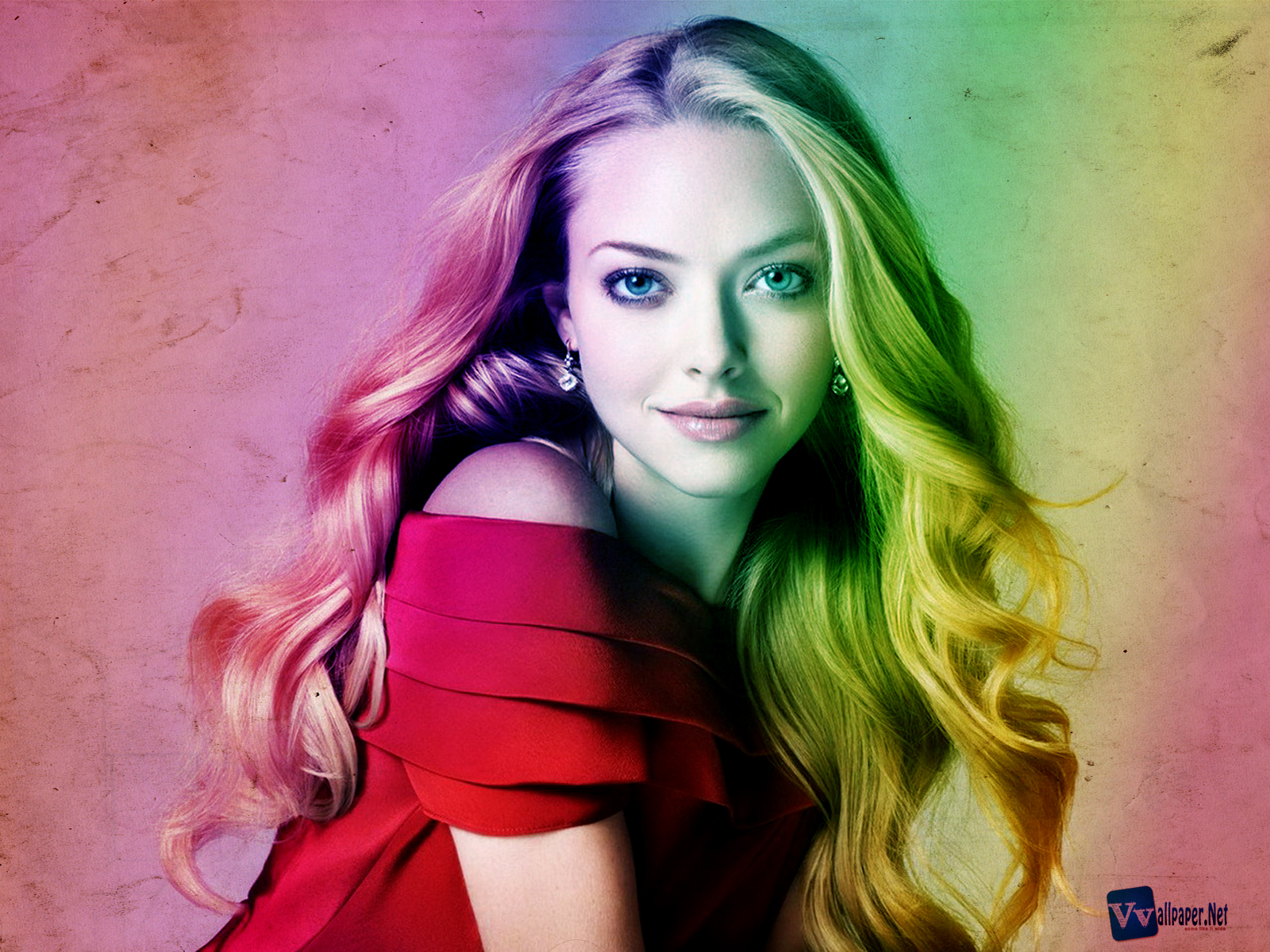 http://1.bp.blogspot.com/-czPXmwKm2SA/UBz2M50S1JI/AAAAAAAADcM/4wx1msBOChw/s1600/Amanda_Seyfrield_Cute_Smile_Colorful_HD_Wallpaper-by-Vvallpaper.Net.jpg