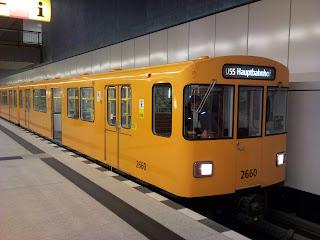 U-Bahn: 39 Berliner U-Bahn-Züge werden in Leipzig modernisiert Die Doppeltriebwagen aus den Baujahren 1976 und 1977 werden in Leipzig fit für die nächsten beiden Jahrzehnte gemacht. Das erste runderneuerte Wagenpaar ist der BVG nun übergeben worden., aus Berliner Morgenpost