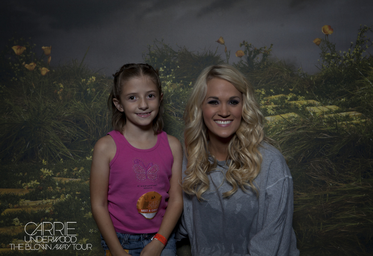 Its all news to me hunter hayes and carrie underwood concert grandma and carrie kristyandbryce Images