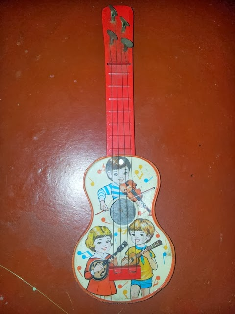 Tin Toy.Gitar Japan
