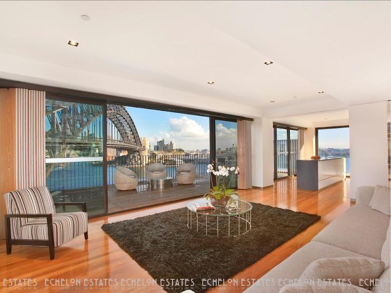 Harbour Bridge penthouse living room, Sydney, Australia title=