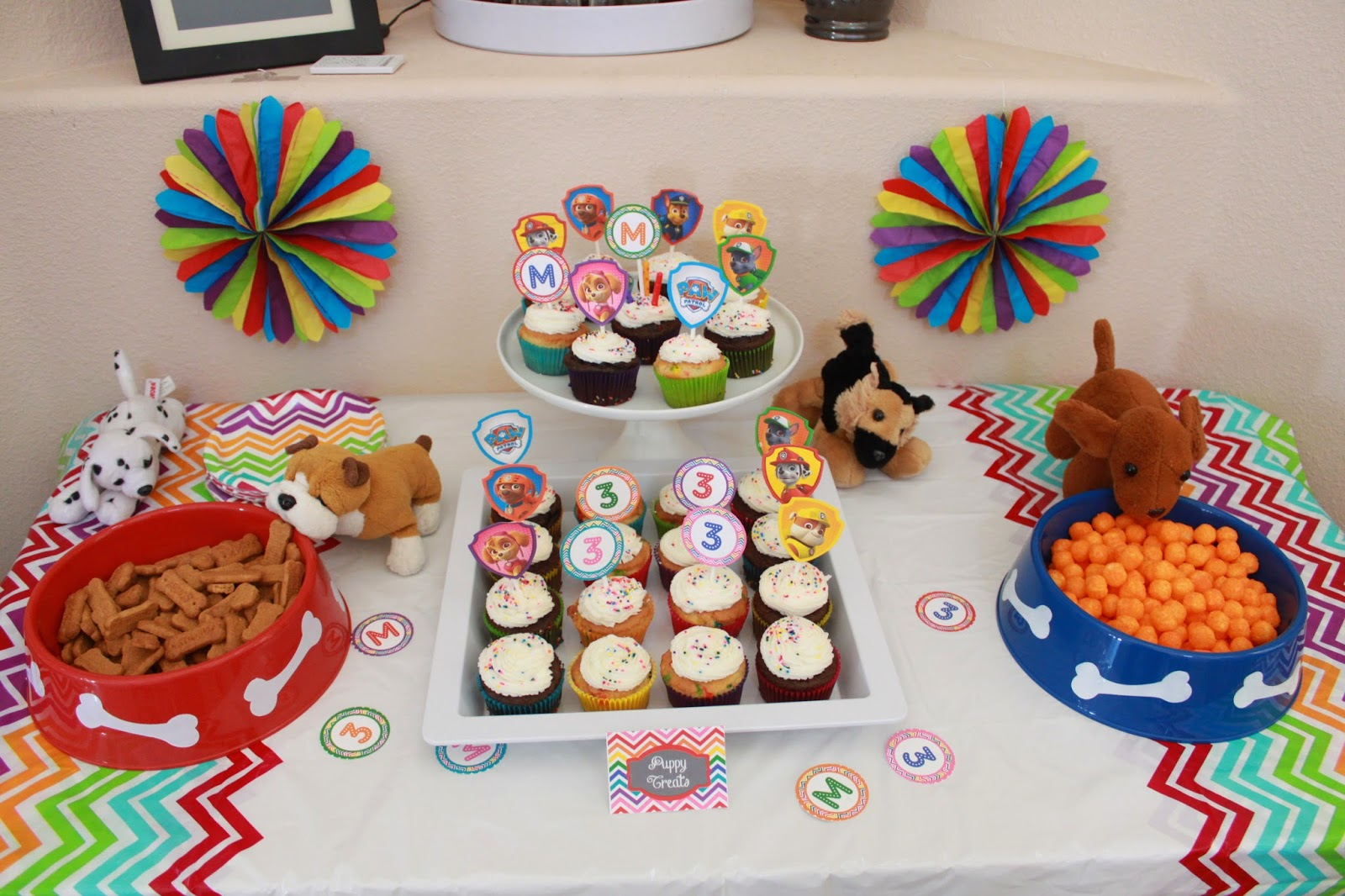 paw patrol birthday party dessert table